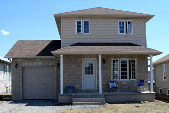 Amberlane homes kingston ontario for Birchwood homes